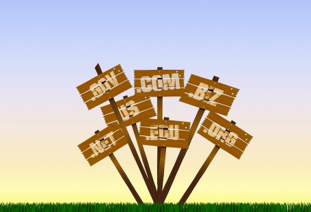 How to choose right domain name
